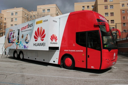 Huawei Red Bus