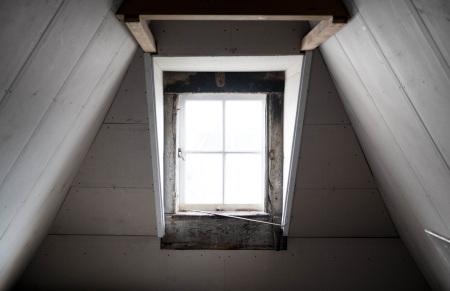 wall-house-window-loft